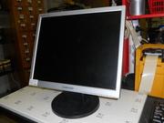 Продам TFT LCD монитор Samsung SyncMaster 720n