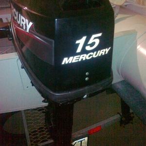Продается подвесной двухтактный  мотор MERCURY 15M.