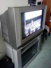 Продам телевизор LG RT-32FZ10PX.