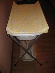 Продам столик для пеленания жёлтого цвета